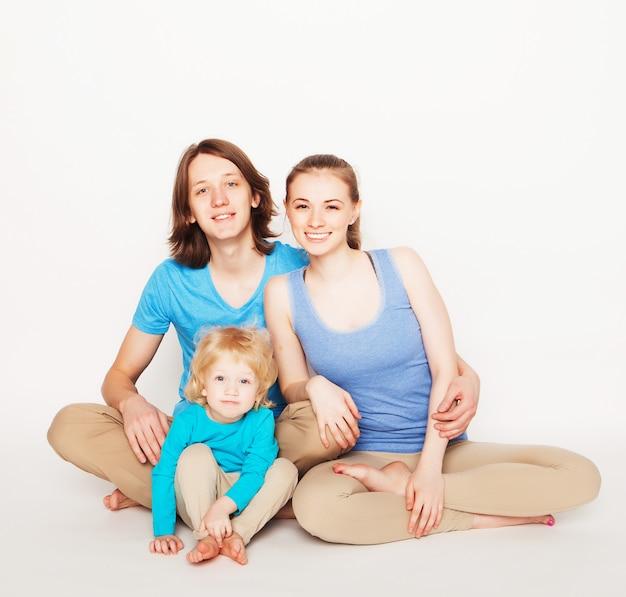 Счастливая спортивная семья
