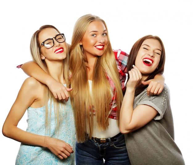 Мода портрет трех стильных сексуальных девушек лучших друзей