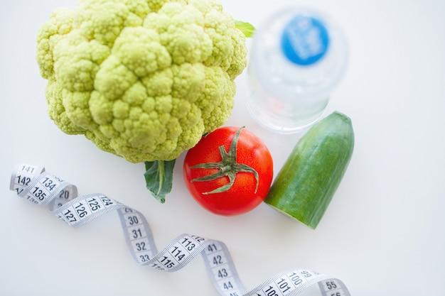 フィットネスや健康食品ダイエットのコンセプト