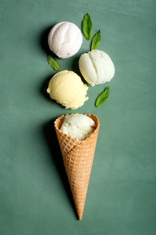 ワッフル、アイスクリーム