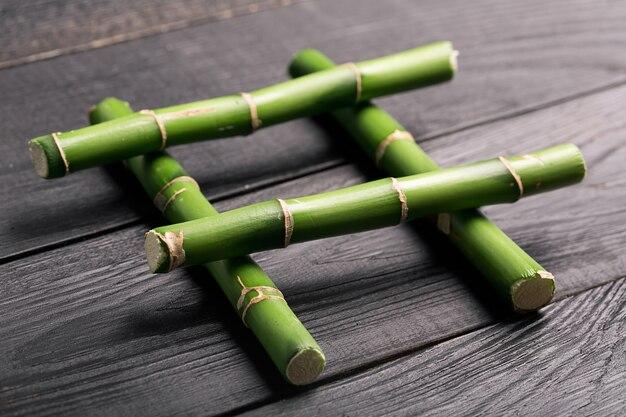 Бамбуковый стебель