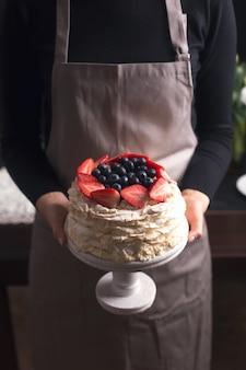 ストロベリーパブロワケーキ