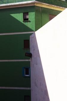 公共の建物。建物の外観