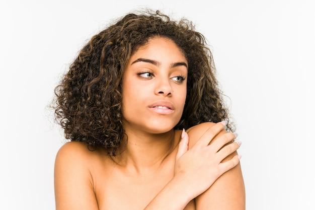 Молодой афроамериканец женщина лицо крупным планом