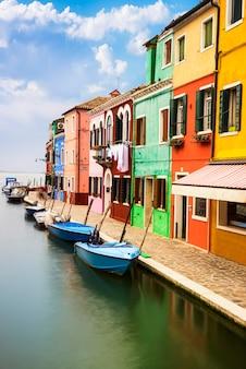 Деревня бурано возле венеции