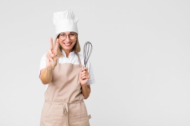 中年かなりパン屋の女性