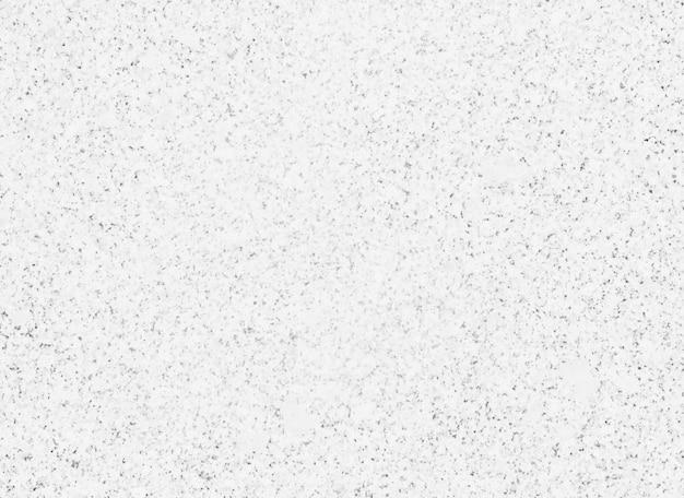 点線の白い石