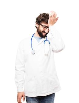 若い医者の男の悲しい表現
