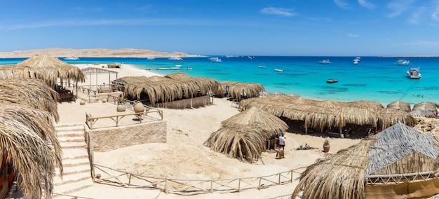 エジプト紅海の島のマフヤビーチ