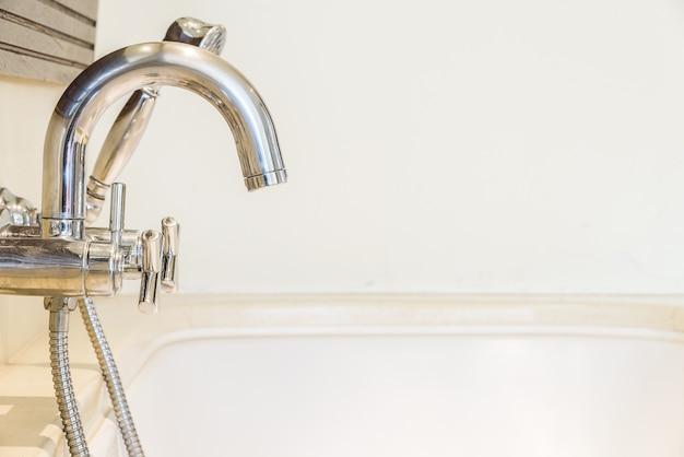 Кран водопроводный кран