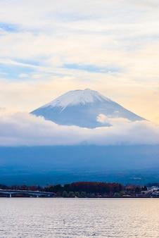 富士山の背景