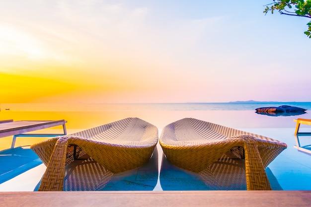 Курорт расслабиться образ жизни синий стул