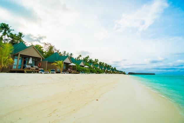 Пляж на открытом воздухе отеля карибская дерево
