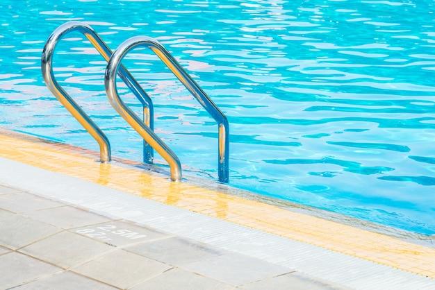 Нет бассейна никто чистый спорт лестничного