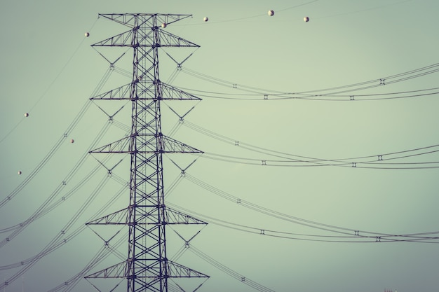 Электричество и высокое напряжение