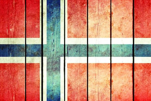 ノルウェーの木製の旗。