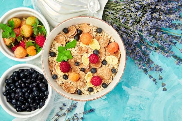 健康的なベジタリアン朝食。