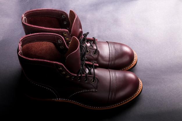Высокие сапоги модная мужская кожаная коричневая обувь