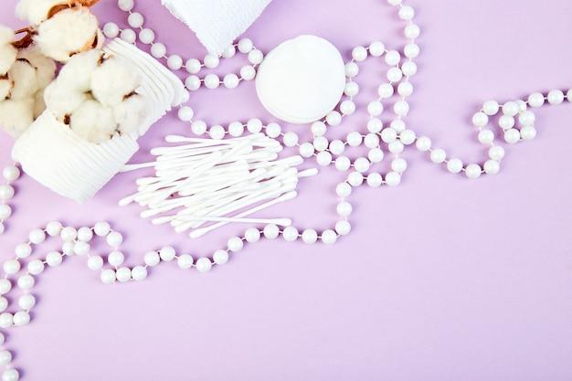 綿植物の枝、耳棒、綿パッド、