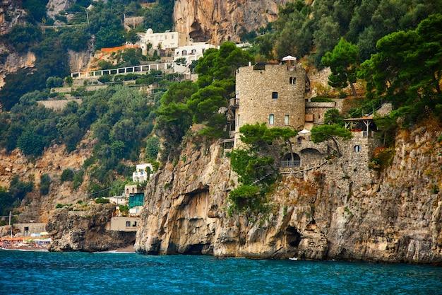 ポジターノ、アマルフィ海岸、カンパニア、イタリア。美しい景色