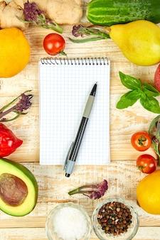 Список покупок, книга рецептов, план питания. диетическая или веганская еда