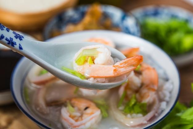 Питательная и вкусная каша из морепродуктов