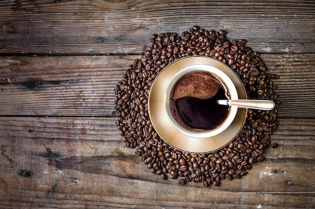 フラットなコーヒーのデザイン