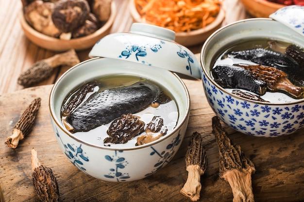 煮込みチキン、中華料理