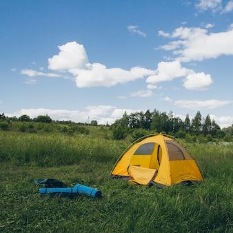Палатка на природу