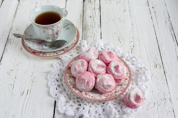 Зефир домашний зефир с чашкой чая