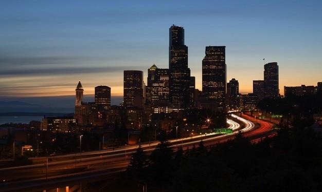 ワシントン州シアトル市内夜の都市の夜