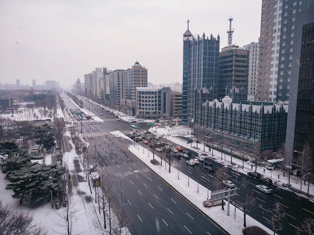 Зимний вид на дорогах в сеуле