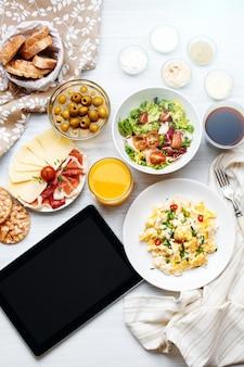 Разная еда. шаблон планшета.