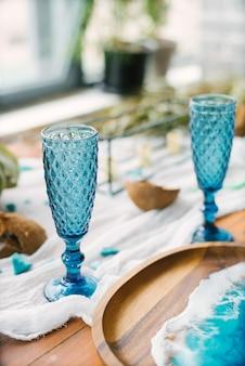 休日の海洋装飾で美しいガラス形のメガネ