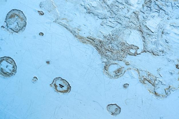 古い老朽化したペイント、スポット、ソフトフォーカスと傷の灰色のグランジ木製の背景。