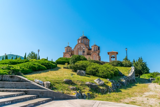 トレビニェの美しい正教会の古い寺院。ボスニア・ヘルツェゴビナ。
