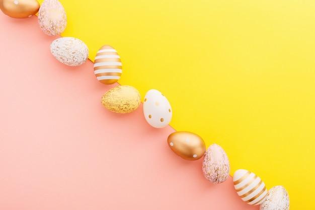 ターコイズの卵のイースターフラットレイ