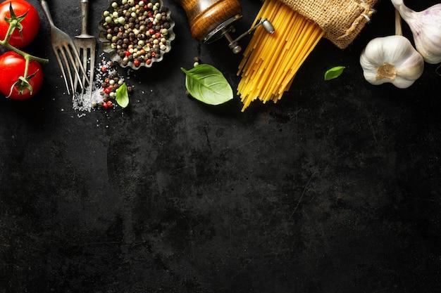 Итальянская еда с ингредиентами