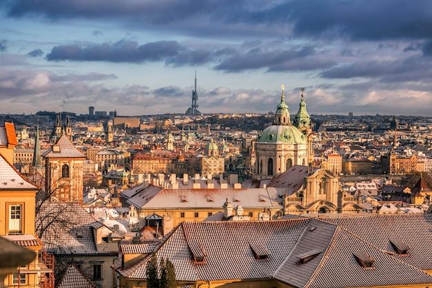 プラハの冬の朝