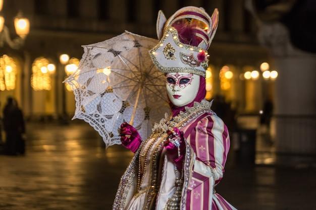 Венецианский карнавал италия