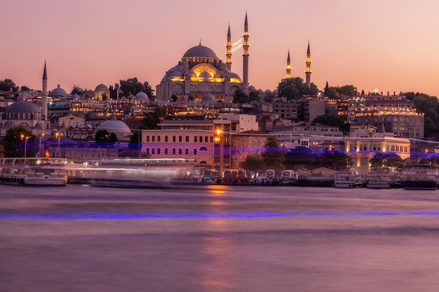 日没時のイスタンブール