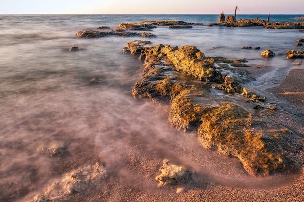 ハイファ近くの長時間露光の海
