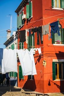 ヴェネツィアの窓とドア