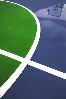 Линии баскетбольной площадки крупным планом