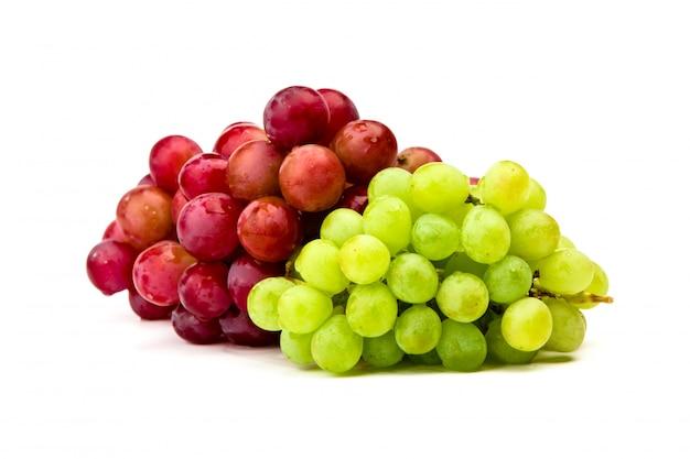 白、隔離された、緑と赤ブドウ