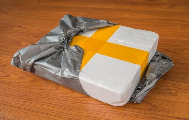 Упаковка коробки пены.