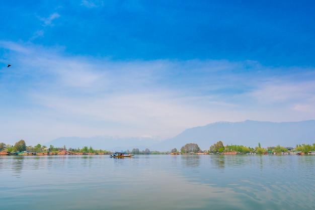 ダル湖、カシミールインド