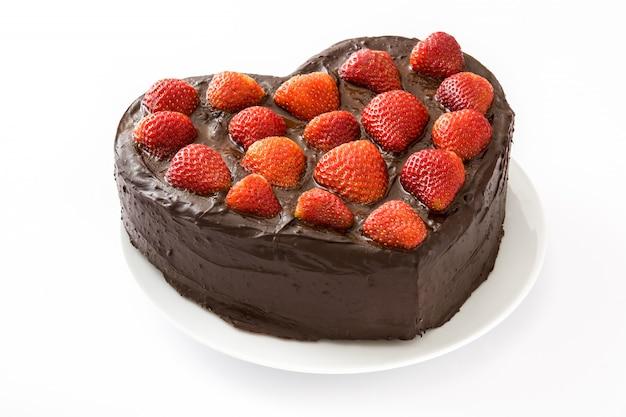 ハート形のバレンタインデーや母の日が白い背景で隔離のケーキ