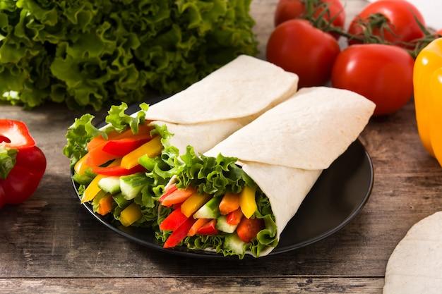 Овощные обертки с тортильями