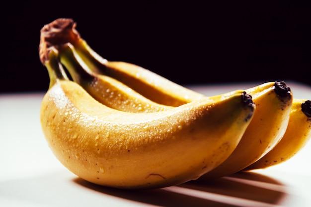 カナリア諸島の生態学的な果物、プラタノデカナリアス